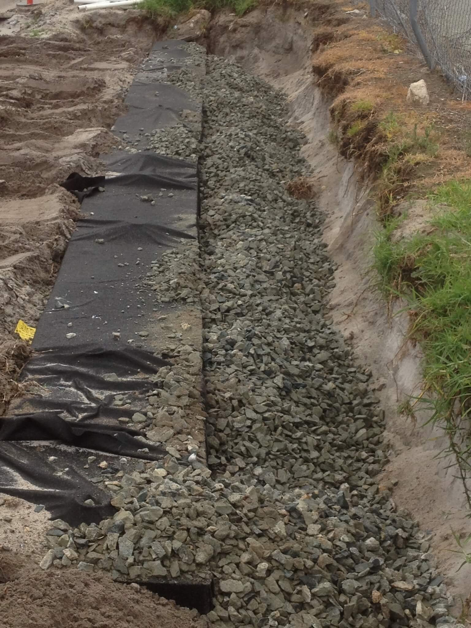 Everyday Plumbers Residential New Leach Drain Backfilling - Putting Gravel 2178