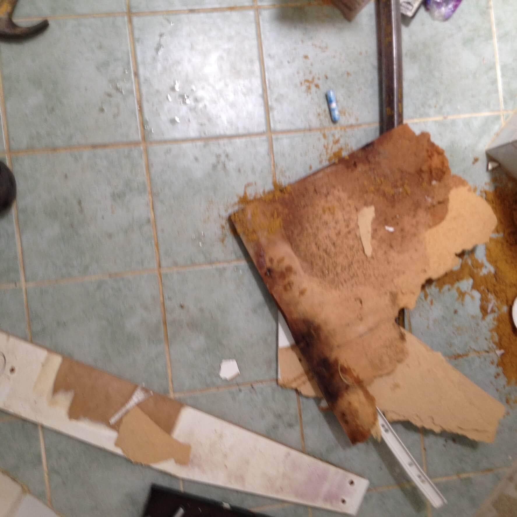 Everyday Plumbers Residential Vanity Basin Repairs - Basin Repair in Progress 0390