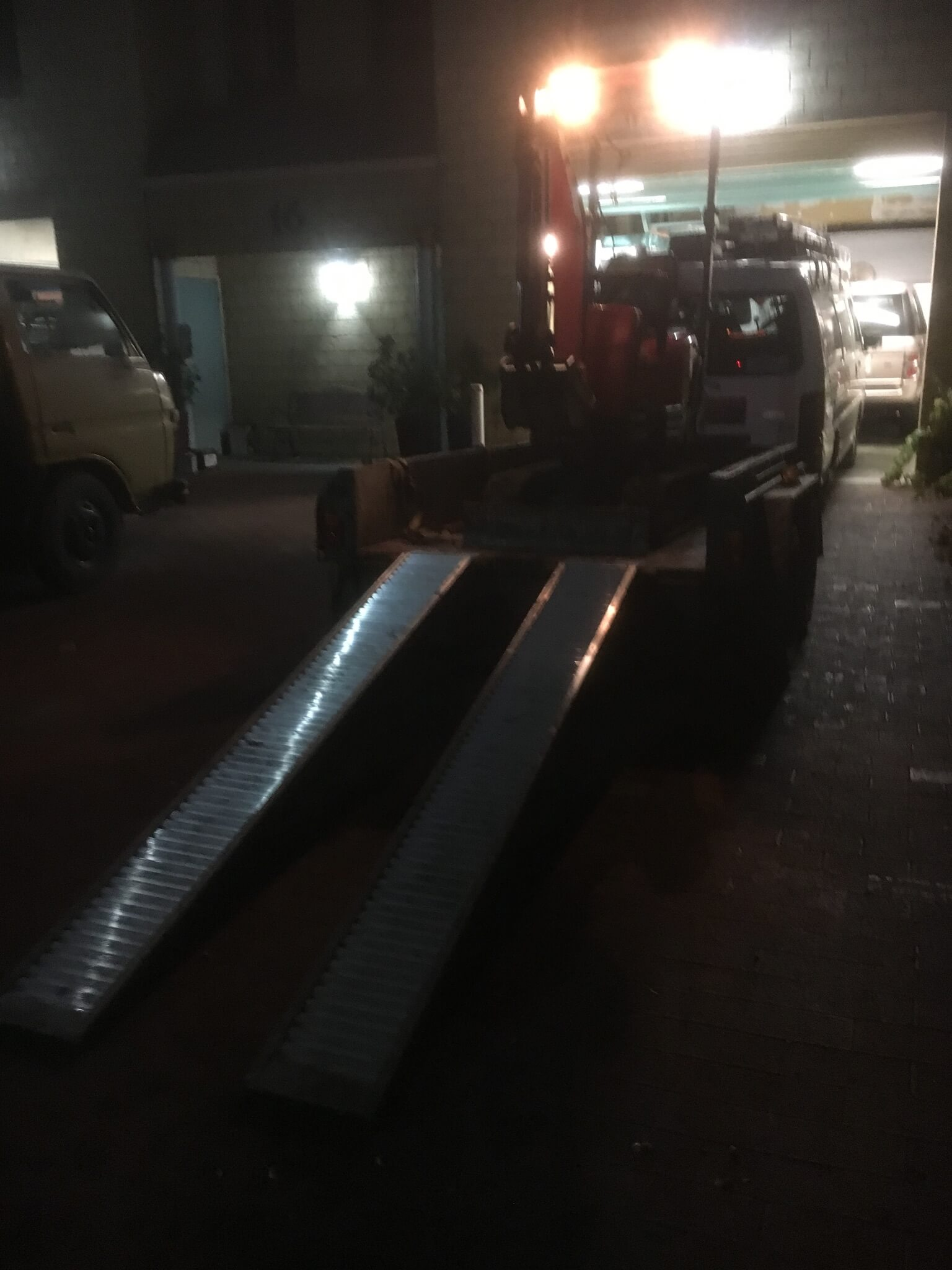 Everyday Plumbers Residential and Commercial Night Works - Onsite Works at Night 2041