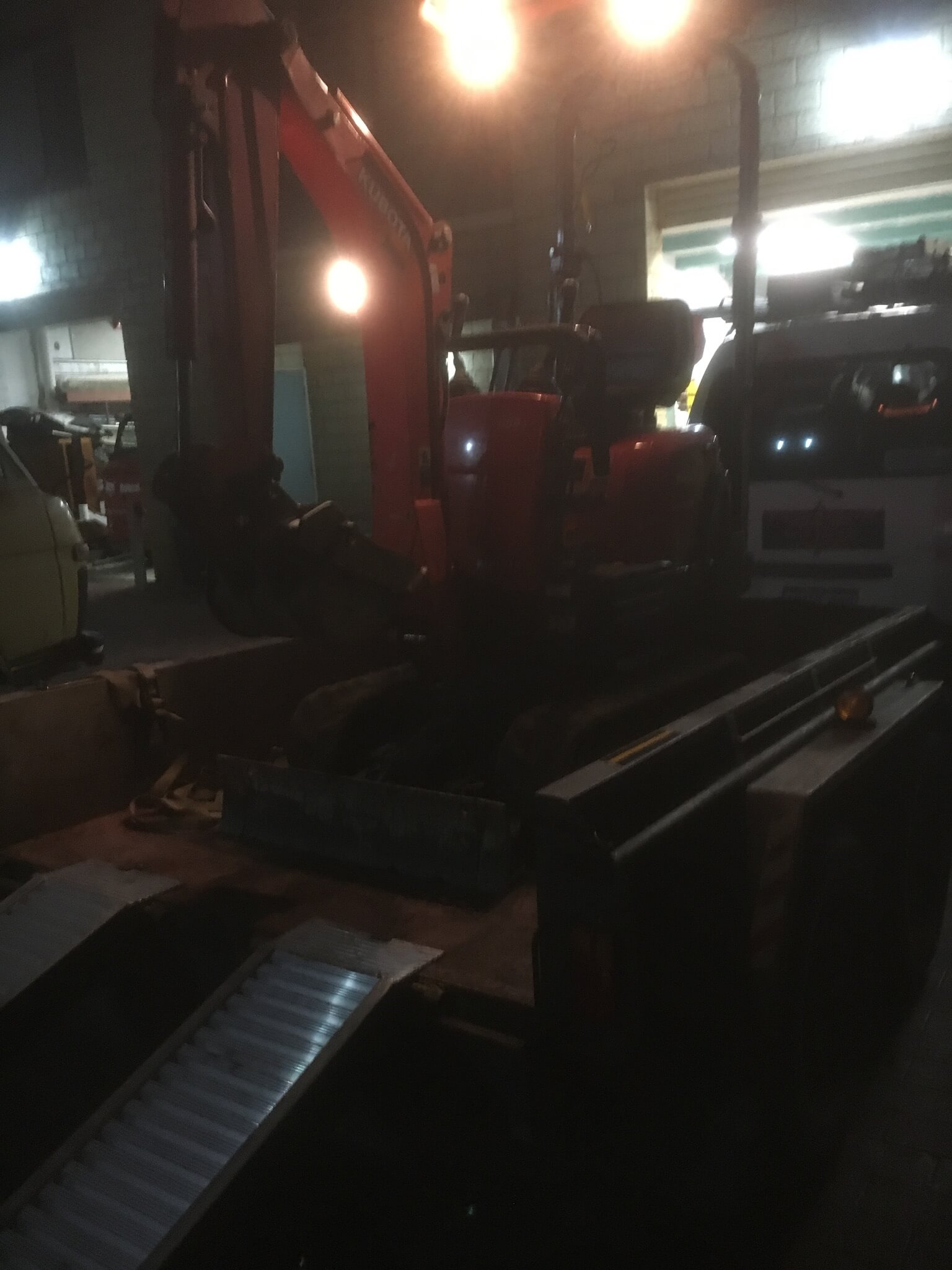 Everyday Plumbers Residential and Commercial Night Works - Onsite Works at Night 2042